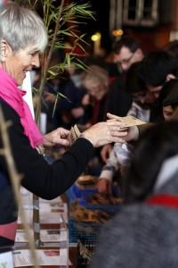 Swapping seeds at Seedy Sunday Brighton 2015